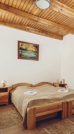 Legjobb szállás Harta - Füzesi Papa Vendégház - ideális hely baráti társaságok összejöveteleire, családi rendezvények, esküvők, nyaralások helyszínének.